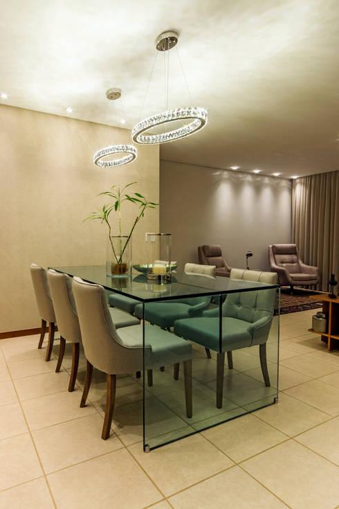 Espaço Jantar.: Sala de jantar  por Adriana Dib Interiores