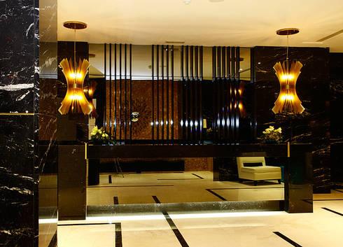 HOTEL ALTIS AVENIDA: Hotéis  por Artica by CSS