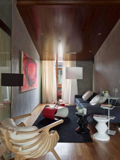 Salas de estilo moderno por SA&V - SAARANHA&VASCONCELOS