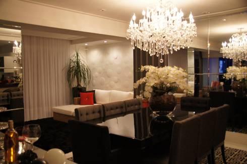 Cobertura Tatuapé – SP: Sala de jantar  por W.B Arquitetura