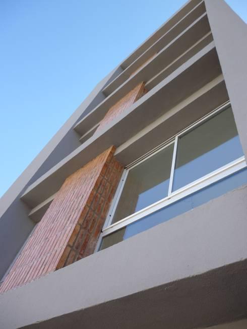 vivienda colectiva- Edificio Sembrando II: Casas de estilo  por VHA Arquitectura