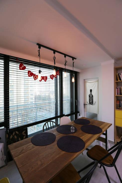 인천 삼산동 산삼타운 21평 : 금화 인테리어 의  다이닝 룸