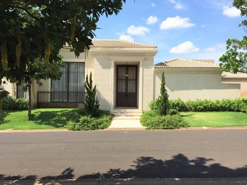Residencia Pardo - Condominio Harmonia: Casas  por FERNANDO ROMA . estudioROMA