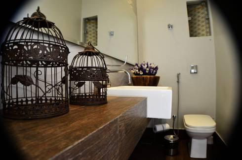 RESIDÊNCIA FC: Banheiros clássicos por TRES MAIS arquitetura