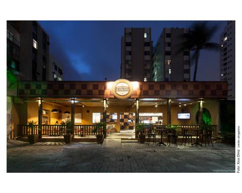 Cafeteria: Casas rústicas por Bastos & Duarte