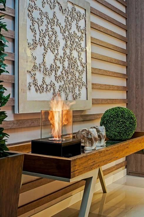 Cozinha Gourmet : Salas de jantar rústicas por M.A.I.S. - Management. Architecture.Interior. Solutions