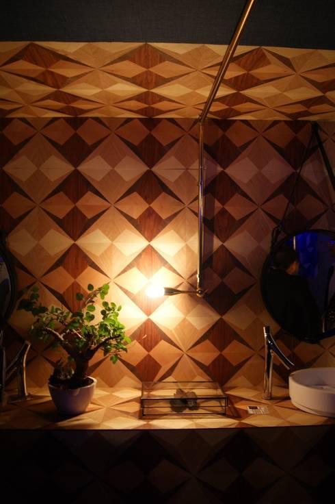 Design House 2014: Paredes de estilo  por Germán Velasco Arquitectos
