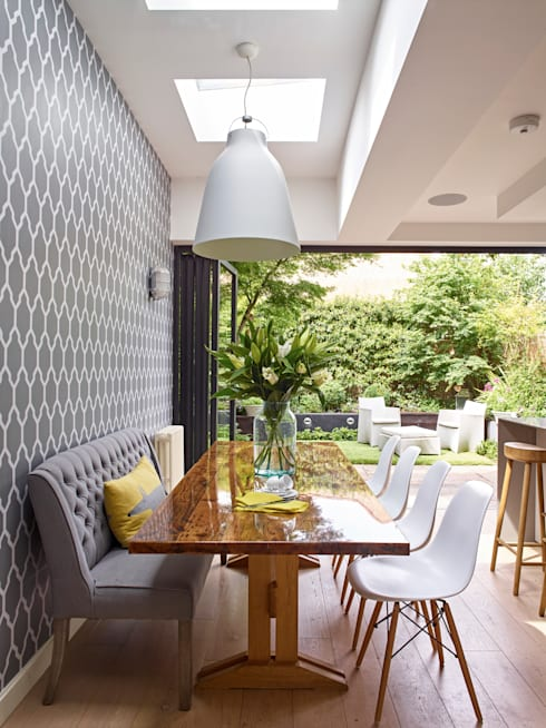 Dining area with garden view:  Kitchen by Holloways of Ludlow Bespoke Kitchens & Cabinetry