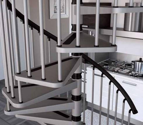 Antiderrapante para mayor seguridad: Vestíbulos, pasillos y escaleras de estilo  por Rintal
