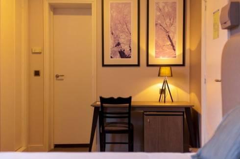 Hotel Bienestar Termas de Vizela: Quartos modernos por Rb - representações
