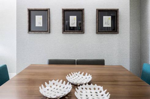 A sala do Pedro: Arte  por Cássia Lignéa