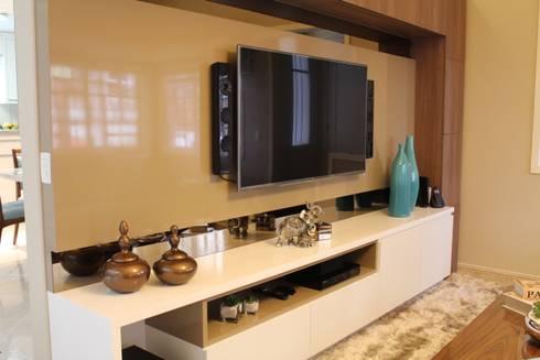 Sala de estar e jantar – Inspiração Turquesa: Salas de estar modernas por Daiana Oliboni  Design de Interiores