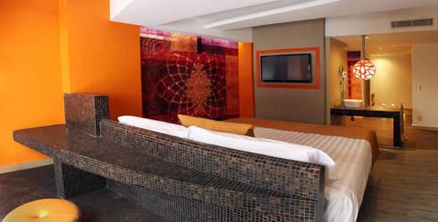 AMALA: Recámaras de estilo moderno por DIN Interiorismo