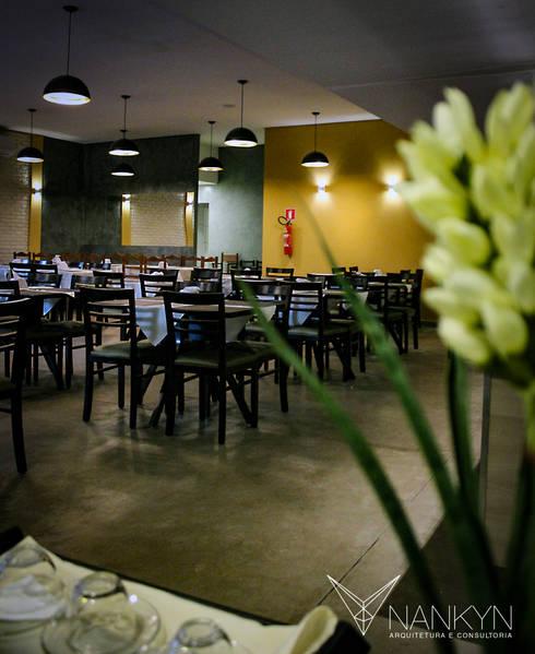 Cores & Café: Espaços gastronômicos  por Nankyn Arquitetura & Consultoria
