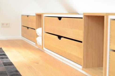 schlafzimmer von fang interior design homify. Black Bedroom Furniture Sets. Home Design Ideas