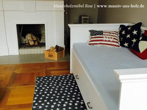 bett mit lehne von massiv aus holz homify. Black Bedroom Furniture Sets. Home Design Ideas