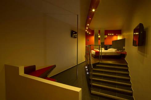 Escenarium: Recámaras de estilo moderno por DIN Interiorismo