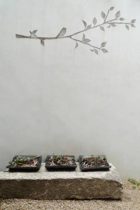 관훈재 (寬勳齋): 북촌HRC의  복도 & 현관