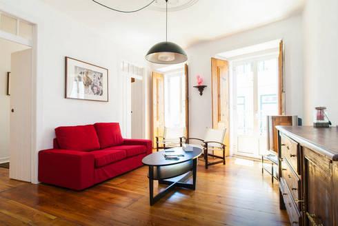 Renovação de Apartamento em Santos: Quartos modernos por FORA - Fagulha Oliveira Ruivo