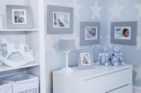 Pikowane ramki Cambridge: styl , w kategorii Pokój dziecięcy zaprojektowany przez Caramella