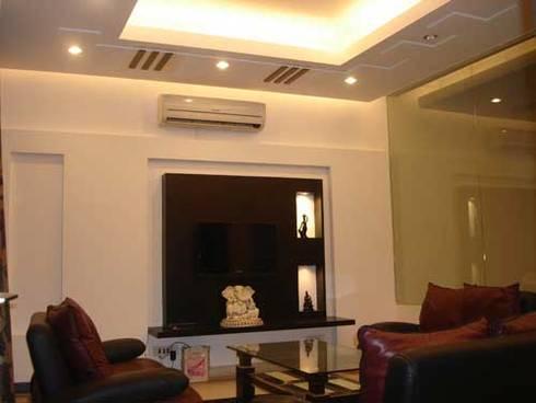 Interior Projects: modern Living room by Architect Harish Tripathi & Associates