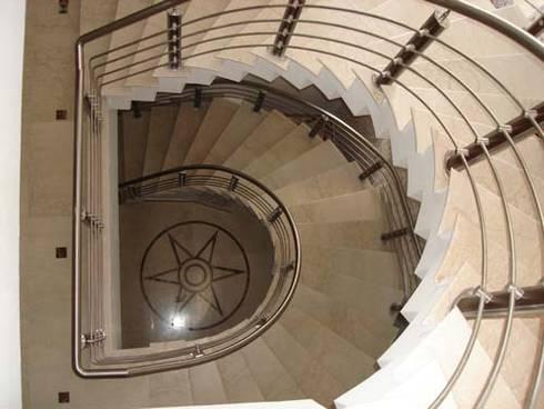 Interior Projects:  Corridor & hallway by Architect Harish Tripathi & Associates
