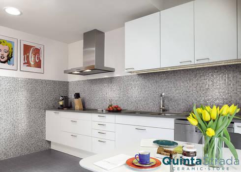 Idee per la tua cucina di quinta strada ceramic store homify - Idee rivestimento cucina ...