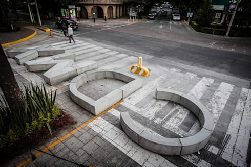 Banca CDMX: Casas de estilo moderno por Miguel de la Torre Arquitectos