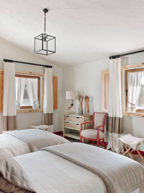 Спальни в . Автор – SA&V - SAARANHA&VASCONCELOS