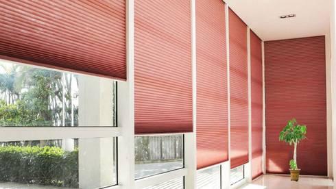 Plisse: Hogar de estilo  por Escuadra Arquitectura C.A