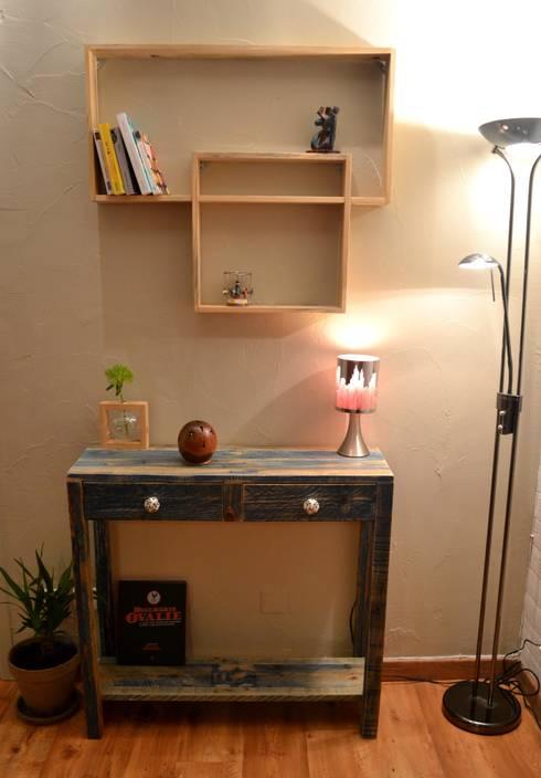 Console à tiroir bleue: Salon de style de style Moderne par Paul H - Artéfacts