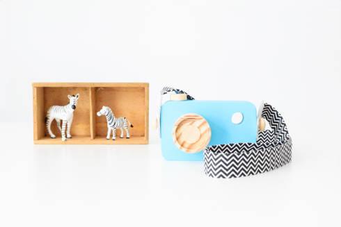 Máquina fotográfica de brincar decorativa: Quarto de crianças  por Lovely