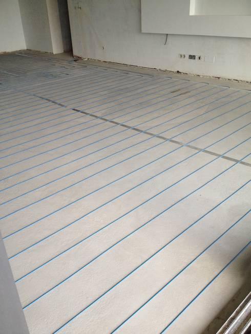 Instalação do sistema directo de piso radiante electrico:   por HCS - Heating Cable System