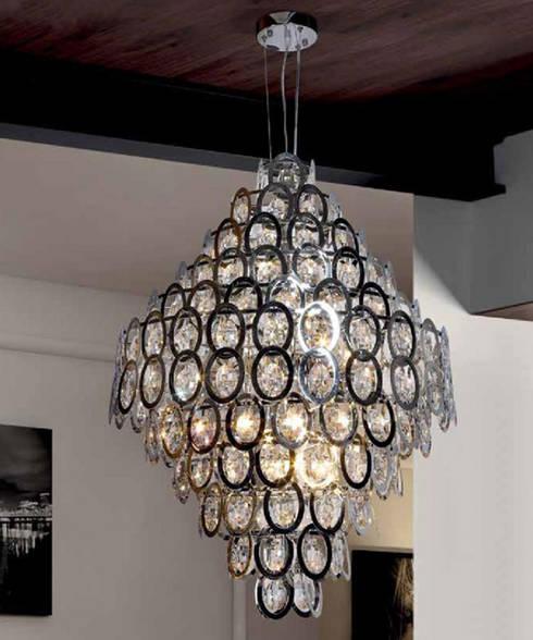 Iluminação Lighting www.intense-mobiliario.com  Ovo http://intense-mobiliario.com/product.php?id_product=9346: Casa  por Intense mobiliário e interiores;