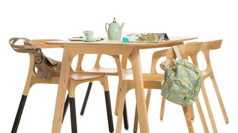 Cream by Genuino Collection: Sala de jantar  por Pedro Gomes Design
