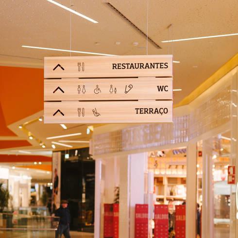 Alegro Setúbal: Centros comerciais  por Pedro Gomes Design