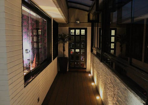TERRAZA. SANTA ROSA DE LIMA: Terrazas de estilo  por AL + ARQUITECTURA