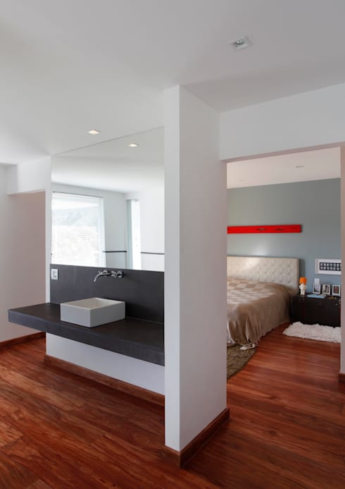 Bedroom by Carlos Salles Arquitetura e Interiores