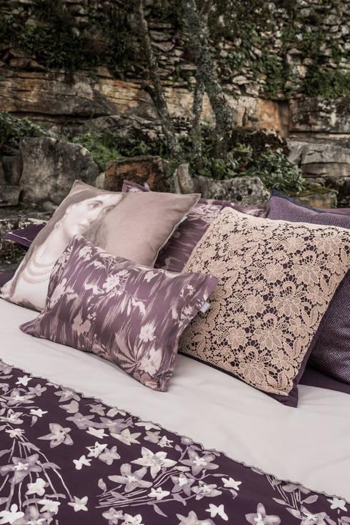 Nighty: Quarto  por Home Concept
