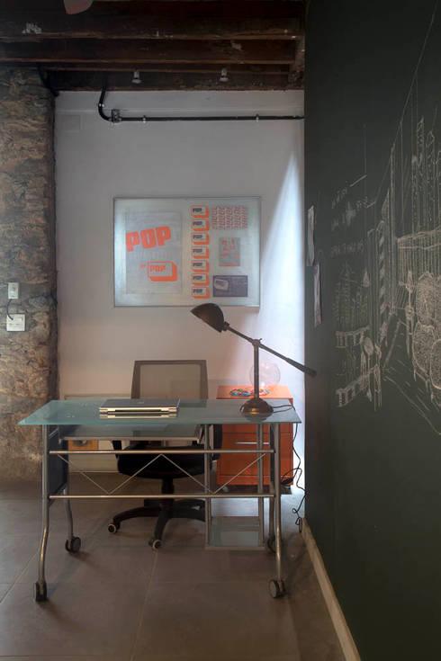 Estudios y oficinas de estilo  por Carlos Salles Arquitetura e Interiores