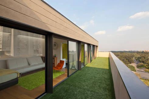 Casa Tierra : Terrazas de estilo  por Serrano Monjaraz Arquitectos
