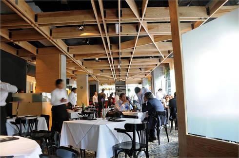 Restaurante Spuntino: Comedores de estilo moderno por Serrano Monjaraz Arquitectos