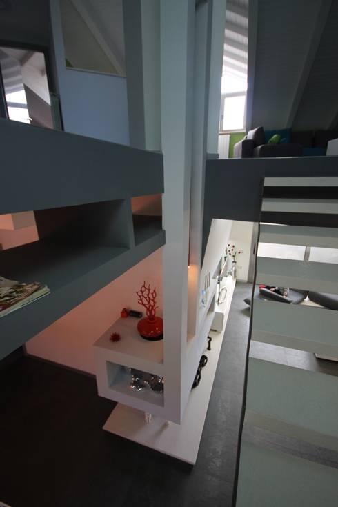 Luxury Home: Ingresso & Corridoio in stile  di Studio Ferlenda