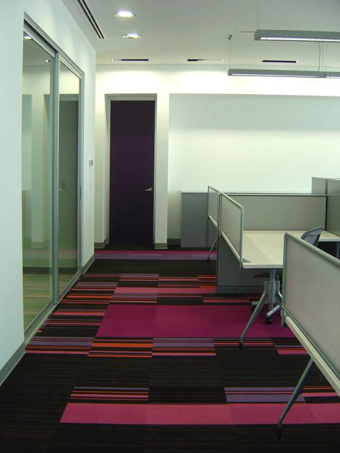 Royal Sun Alliance RSA - usoarquitectura : Estudios y oficinas de estilo moderno por usoarquitectura