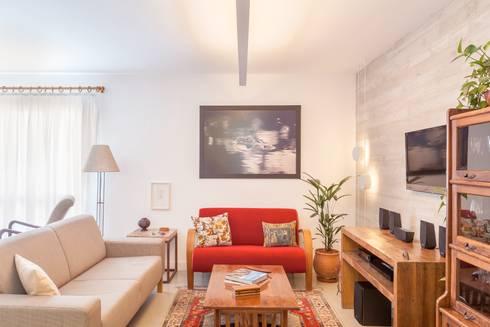 Apartamento do Amigo Calculista: Salas de estar modernas por Nautilo Arquitetura & Gerenciamento