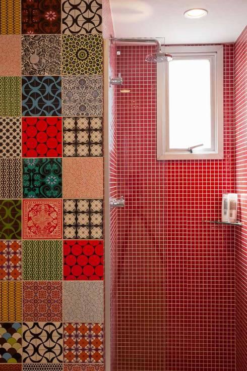 Ванные комнаты в . Автор – Nautilo Arquitetura & Gerenciamento