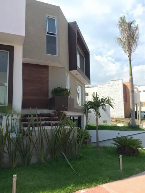 LA RIOJA: Casas de estilo moderno por Arki3d
