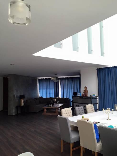 LA RIOJA: Salas de estilo moderno por Arki3d