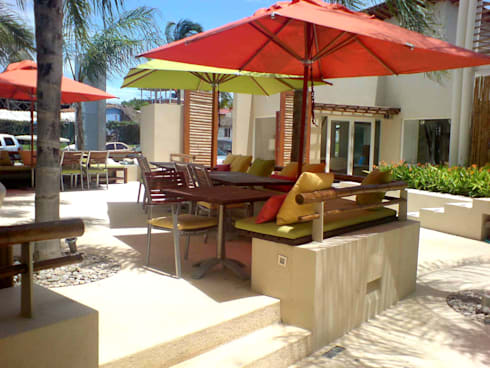 Plaza Ollin : Terrazas de estilo  por José Vigil Arquitectos