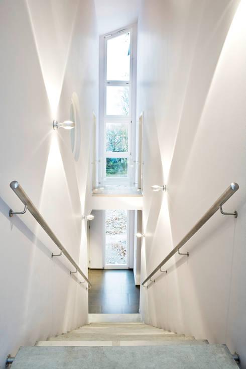 Einfamilienhaus in Bergisch Gladbach fasziniert mit viel Offenheit ...